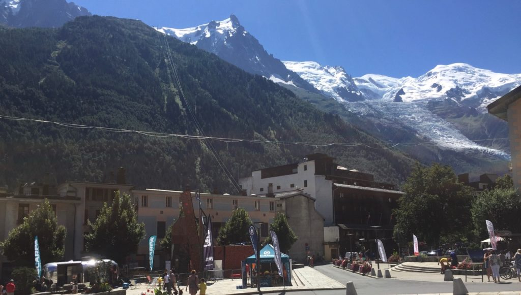 Le camion d'escalade à Chamonix.