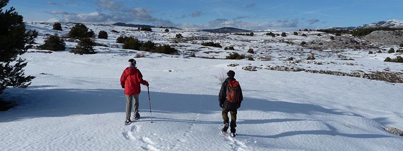 Randonnée en hiver dans les Alpes-Maritimes.