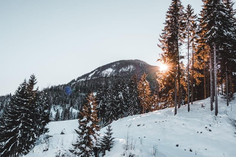 Neige à la montagne